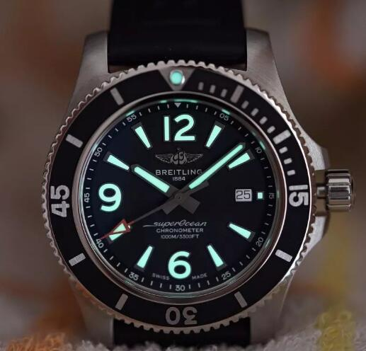 The Breitling Superocean is more dynamic and charming.