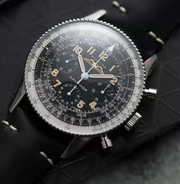 The timepiece has reproduced the appearance of vintage Navitimer in 1959.
