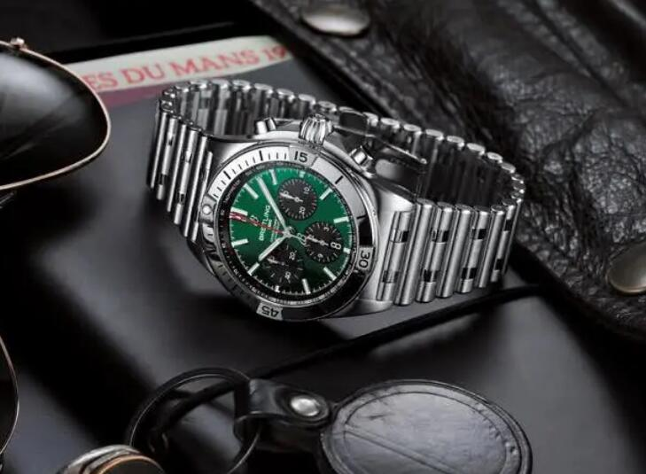 Swiss reproduction watches online are chic for green dials.